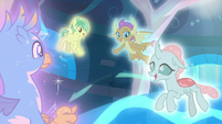 Young four bathed in harmony's light S8E26