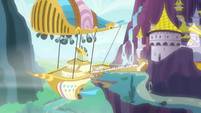 Zeppelin at the Canterlot air docks S7E22