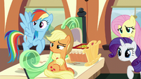 Applejack --practically family-- S6E1