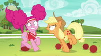 Applejack shouting --all of Ponyville!-- S6E18