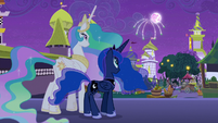 Celestia and Luna look at the fireworks S9E17
