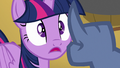 Iron Will holding his finger in Twilight's face S7E22.png