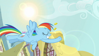 Rainbow Dash with bits in her hoof S3e06