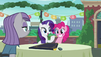 "Rarity acting ""Oh, why, thank you for the kind assistance"" S6E3"