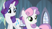 Sweetie Belle looking at the door S4E19