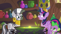Twilight --they're having fun with Discord-- S5E22
