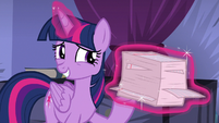 Twilight Sparkle levitating backup notes S8E11