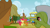 Applejack and Granny Smith watching Apple Bloom and Babs Seed S3E8