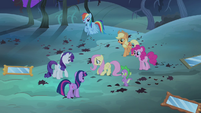 Fluttershy's friends cheering S4E07