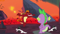 Garble menacingly walks up to Spike S7E25.png