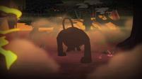 Monster approaching S4E17