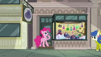 Pinkie Pie --must be stuck-- S6E3