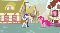 Rarity about to play guitar S7E9