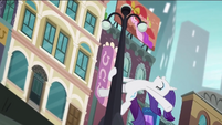 Rarity swinging from a lamppost RPBB3