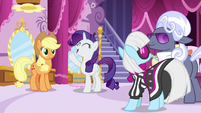 Rarity wants to meet the contestant ponies S7E9