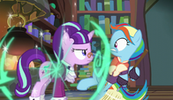 Snowfall Frost teleports in front of Snowdash S6E8