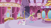Sweetie Belle on the floor S2E05