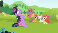 CMC seeing Twilight dramatic S2E3.png