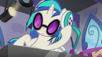 DJ Pon-3 at her turntable S5E9