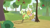 Granny and Goldie approach Apple Bloom's trap S9E10