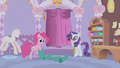 Pinkie Pie holding some fabrics S1E14.png