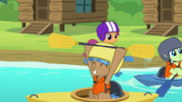 Scootaloo watching the campers kayak S7E21