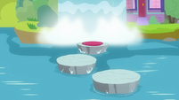 Stone platforms rise out of the water S8E1