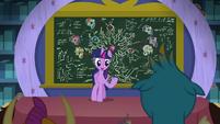 Twilight announcing a friendship test S8E22