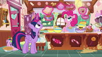 Twilight gathers ingredients for Pinkie Pie S7E23