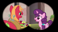 Big Mac and Sugar Belle seen through binoculars S7E8
