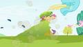 Big McIntosh ponies explosion S2E3.png