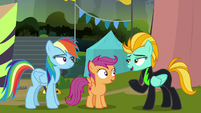 Lightning offers Rainbow a spot in the Washouts S8E20