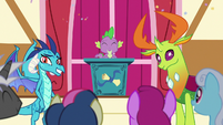 Ponies cheering for Princess Ember and Thorax S7E15