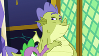 Spike puts his hand on Sludge's arm S8E24