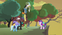 Thorax nodding S6E26
