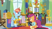 Windy explains trophy for Rainbow's first tooth loss S7E7