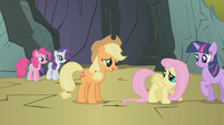 Applejack -all of us are scared- S1E07