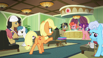 Applejack greets Filthy and Spoiled in the waiting room S6E23