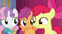 Cutie Mark Crusaders smirk at each other S6E4