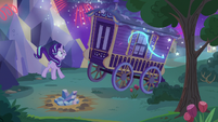 Fireworks going off in Trixie's wagon S6E25