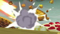 Pies getting destroyed by Rainbow's lasers S7E23