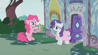 Pinkie shows Rarity her harmonica S1E10
