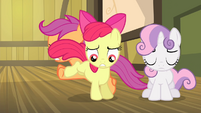 Scootaloo and Apple Bloom switching places S4E17