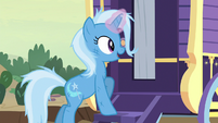 Trixie about to open her wagon S8E19