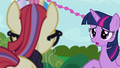 Twilight apologizing to Moon Dancer S5E12.png