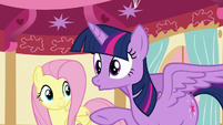 Twilight calms herself S5E11