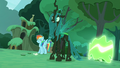 """Rarity"" transforms into a changeling S5E26.png"