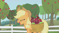 Applejack happy S01E03.png