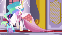 Celestia pushes Twilight toward the dance floor S5E7