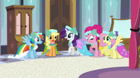 Main 5 ponies all dressed up S2E25